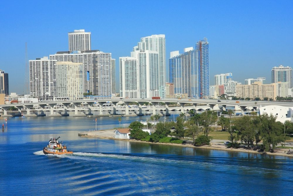 Yacht in Miami-Dade County, Florida